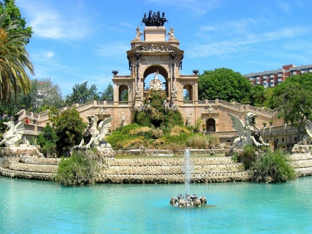 la-cascada-in-the-parc-de-la-ciutadella-citadel-park-barcelona-spain--41916